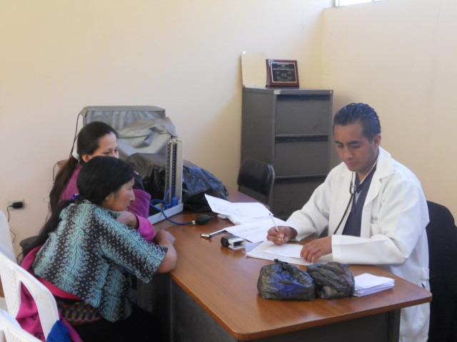 Medical visits in the village of Tepeyac Gatazo
