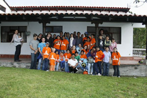 PROJECT HOGAR SAN VICENTE DE PAUL - Let's play together