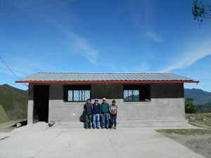 Building a classroom in Chisaló, Cotopaxi Province