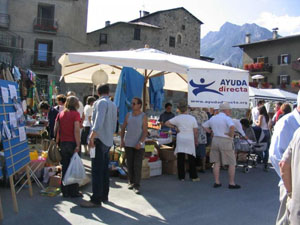 Flea market of Bormio to support Ayuda Directa